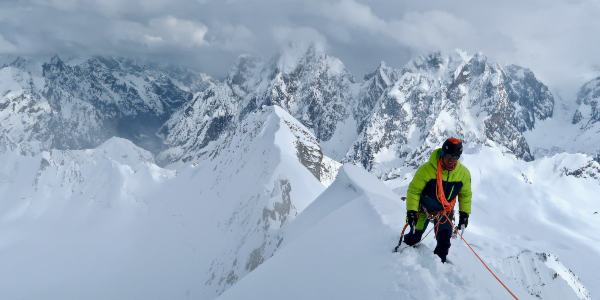 La première ascension du Risht Peak
