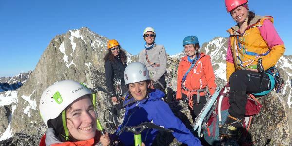 Les Accordées, groupe féminin d'alpinisme du Caf Marseille-Provence