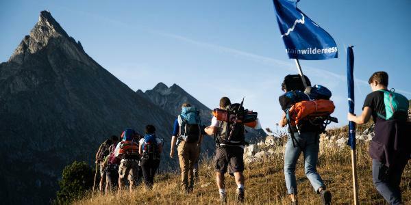 Au Vieux Campeur et Mountain Wilderness
