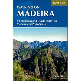 WALKING MADEIRA